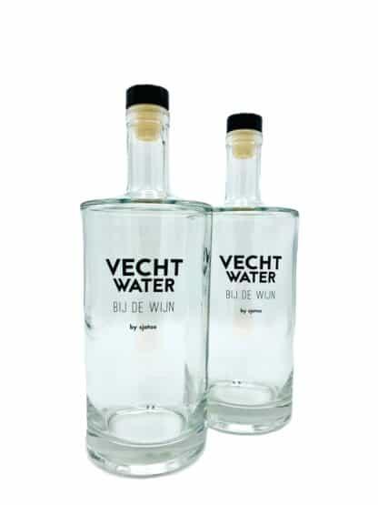 Vechtstreek water bij de wijn fles